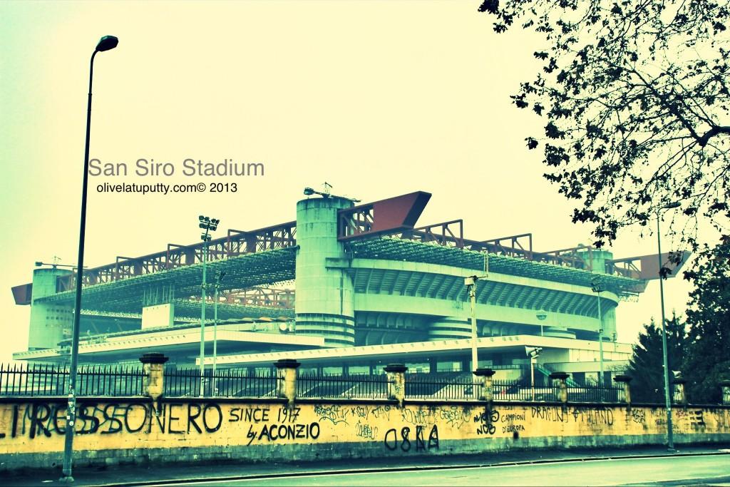 berkunjung ke stadion san siro